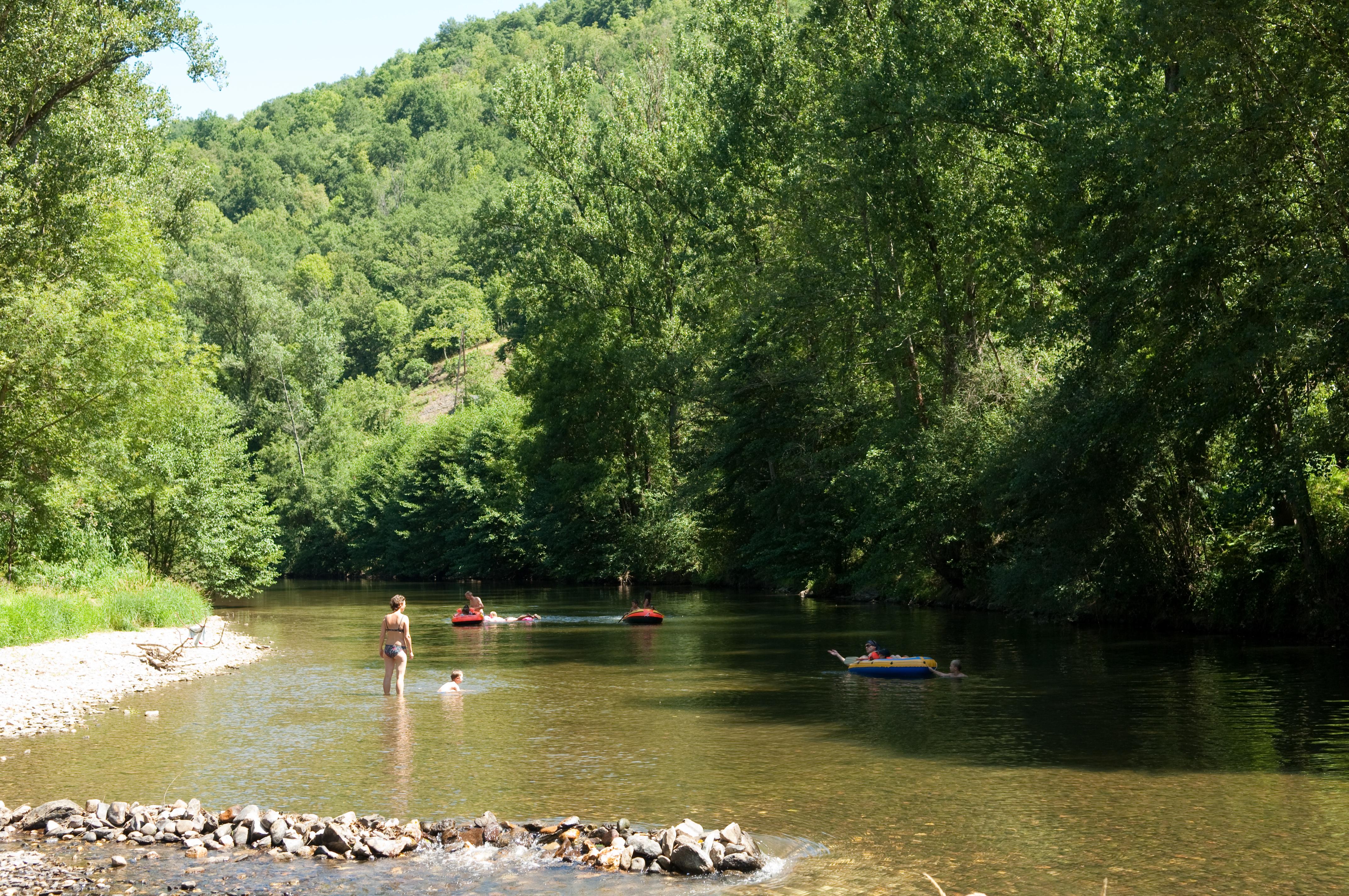 camping-tarn-bord-riviere